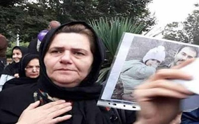 Farangis Mazloumi, mother of Soheil Arabi held incommunicado